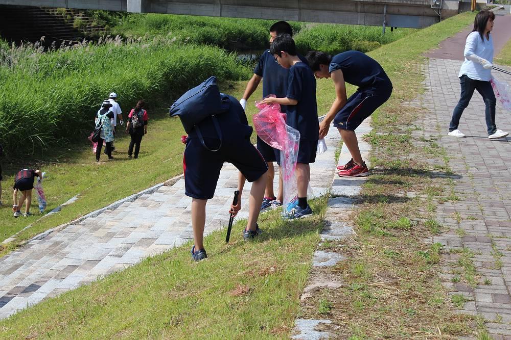 清掃ボランティア (2)-s.JPG